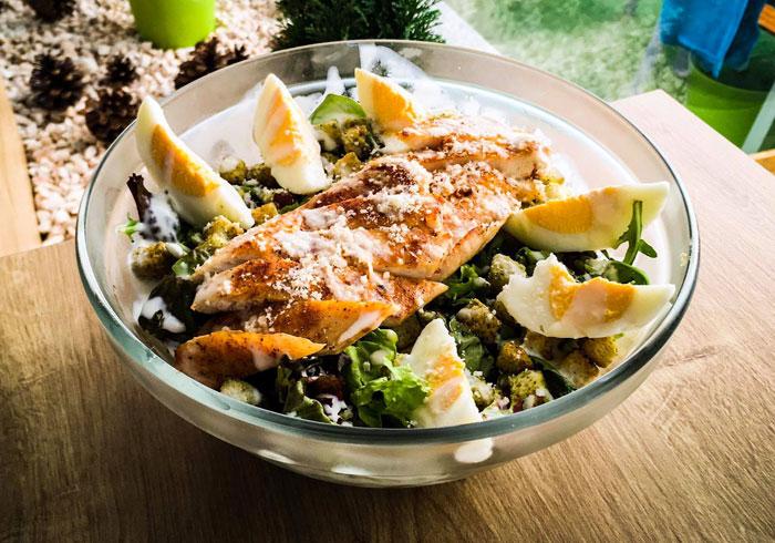 Salate-Salata-Caesar